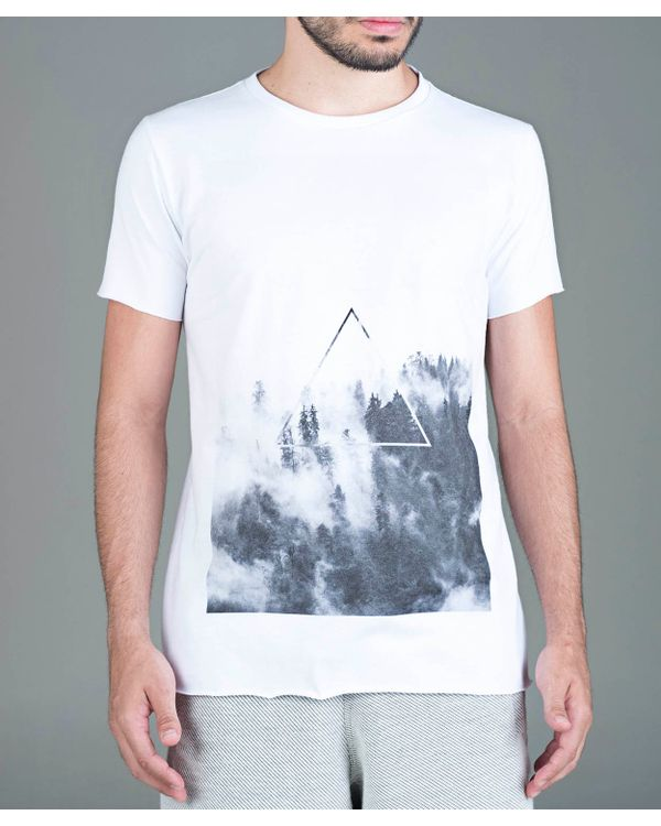 camiseta-triangulo-floresta-branco